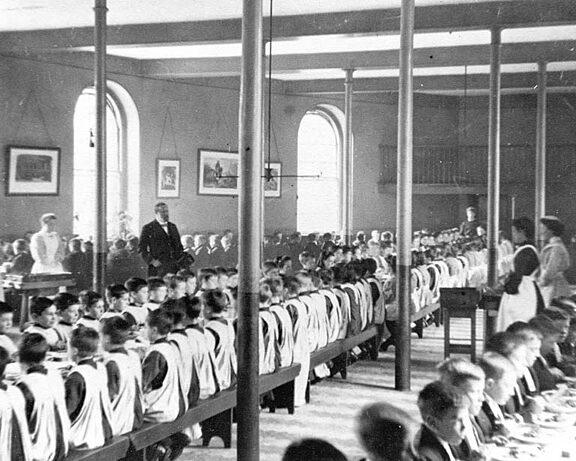 School refectory