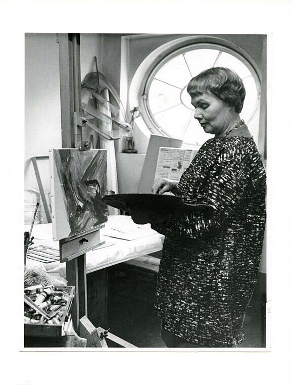 Evelyn Tompsett in her Bluecoat studio