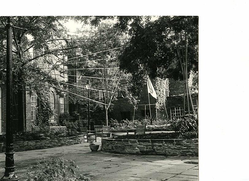 Liverpool Polytechnic students' sculpture exhibition, Bluecoat garden